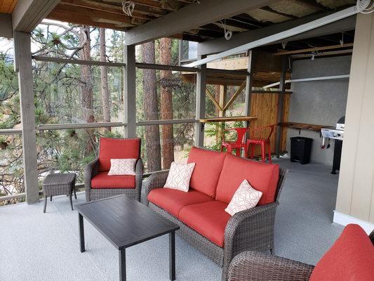 3-deck-furniture