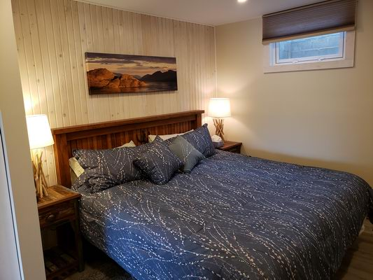 peachland bnb bedroom