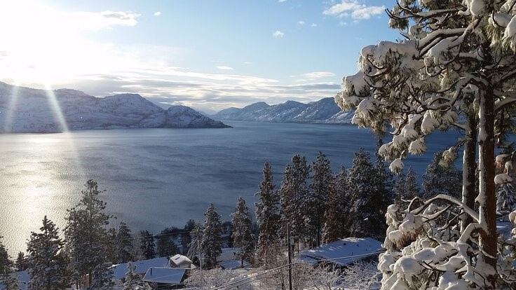 Winter Hikes and Adventure in the Peachland Area